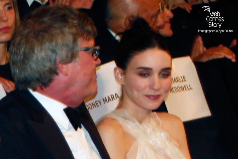 "Todd Haynes et Rooney Mara, lors de la projection de ""Carol"" de Todd Haynes -  Festival de Cannes 2015 - Photo © Anik COUBLE"