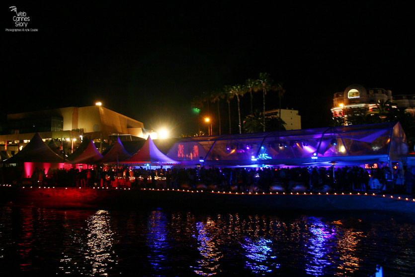 """La soirée du film """" La Princesse de Montpensier """" de Bertrand Tavernier - Plage de l'Hôtel Majestic - Festival de Cannes 2010 - Photo © Anik Couble"""