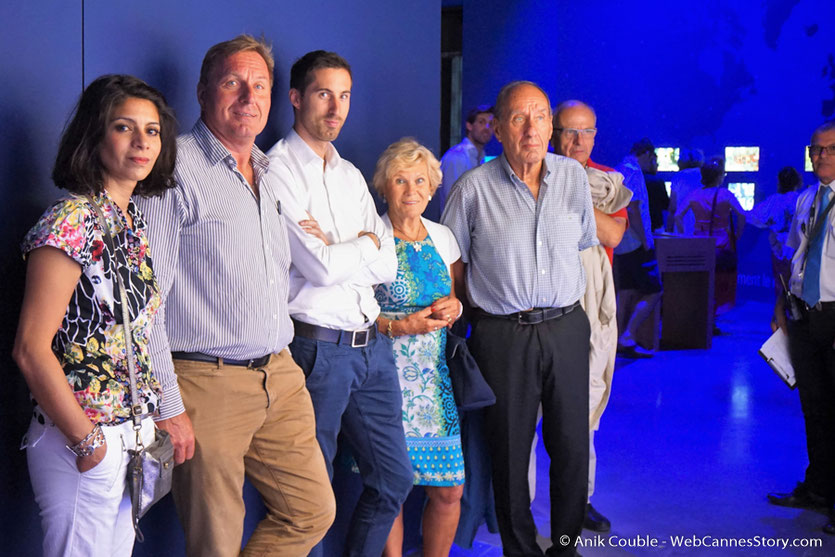 Max Lefrancq-Lumière, petit-fils de Louis Lumière, entouré de sa famille, lors du vernissage de l'exposition Lumière ! Le cinéma inventé - Musée des  Confluences - Lyon - juin 2017 - Photo © Anik Couble