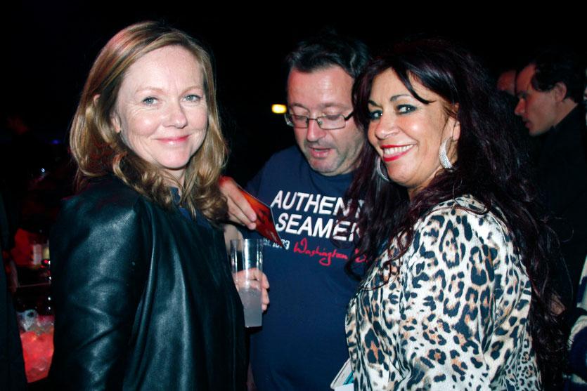 """Vincent Maraval, fondateur de Wild Bunch et producteur de """" Love"""", en compagnie de son épouse et d'Esmeralda Petit-Benito, la femme panthère, lors de la soirée du film """" Love """" de Gaspard  Noé - Festival de Cannes 2015 - Photo © Anik COUBLE"""