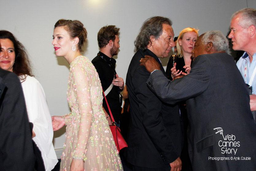 Céline Sallette et Tony Gatlif, lors de la présentation du film «Géronimo» de Tony Gatlif - Festival de Cannes 2014 - Photo © Anik COUBLE