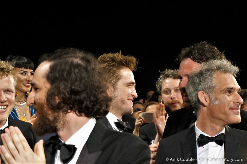 "Josh Safdie et Robert Pattinson, lors la projection du film ""Good Time"" de Josh Safdie & Benny Safdie - Festival de Cannes 2017 - Photo © Anik Couble"