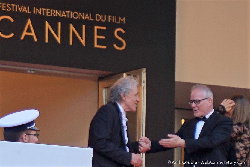 Thierry Fremaux, accueillant Abel Ferrara, pour assister à la cérémonie des 70 ans du Festival de Cannes - Festival de Cannes 2017 - Photo © Anik Couble