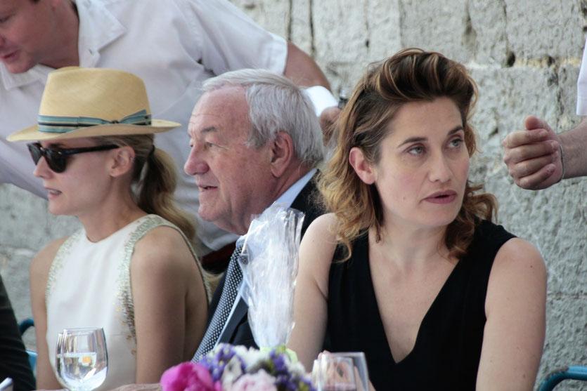 Diane Kruger et Emmanuelle Devos, membres du Jury, en compagnie de Bernard Brochand, Maire de Cannes - Festival de Cannes 2012 - Photo © Anik COUBLE