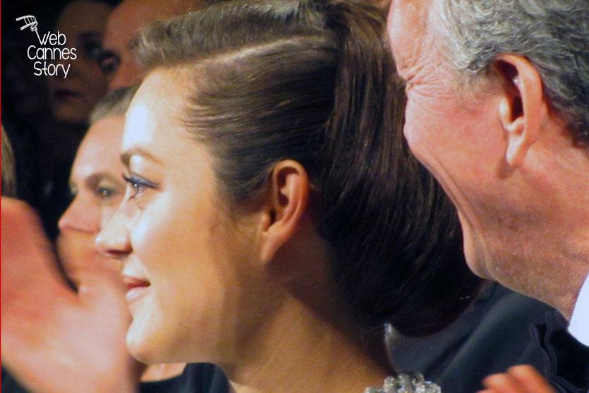 Marion Cotillard et Luc Dardenne, lors de la présentation du film «Deux jours, une nuit» - Festival de Cannes 2014 - Photo © Raymond HAIK