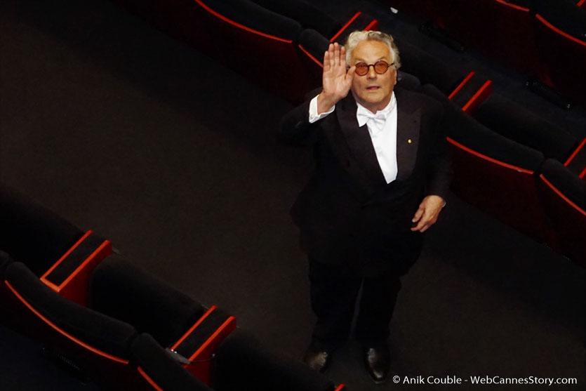 George Miller, saluant le public, à 'issue de la cérémonie célélbrant les 70 ans du Festival de Cannes - Festival de Cannes 2017 - Photo © Anik Couble