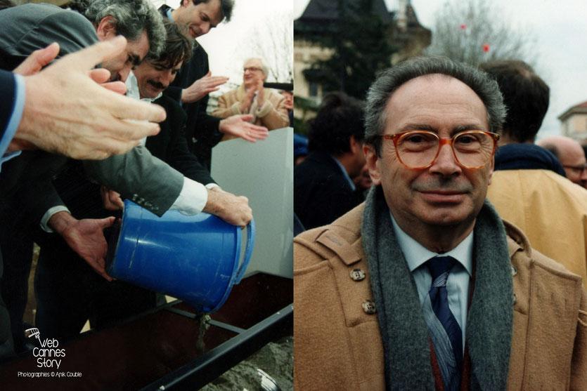 Pose de la 1ère pierre de la salle de Cinéma  et Jean - Charles Tacchela - Centenaire du Cinéma - Institut Lumière - Lyon - 19 mars 1995 - Photo © Anik COUBLE