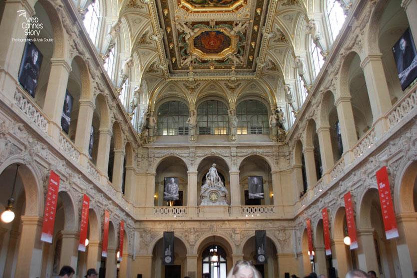 La magnifique Salle de la Corbeille du Palais du Commerce - Quais du Polar 2015 - Lyon - Photo © Anik COUBLE