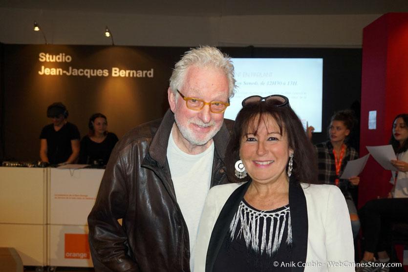 Ma sympathique rencontre avec Hugh Hudson, à Radio Lumière, lors du Festival Lumière 2017,  à Lyon - Photo © Anik Couble