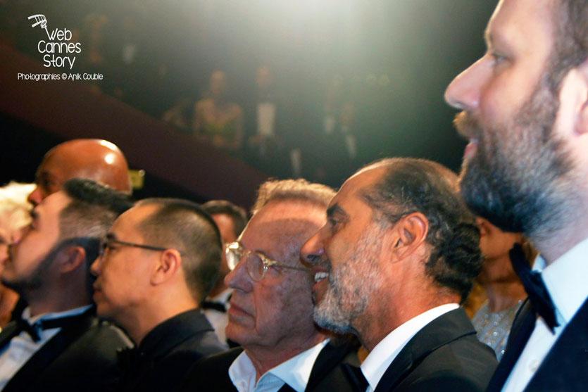"""Alexandre Arcady, entouré d'autres réalisateurs, lors de la projection de """"Carol"""" de Todd Haynes - Festival de Cannes 2015 - Photo © Anik COUBLE"""
