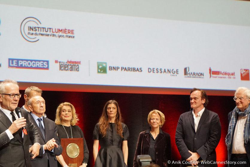 Catherine Deneuve, lors de la cérémonie de remise du Prix Lumière - Amphitheâtre 3000 - Lyon - Oct 2016  - Photo © Anik Couble