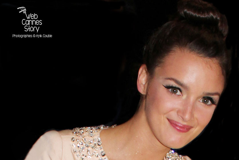 Charlotte Le Bon - Festival de Cannes 2011 - Photo © Anik COUBLE