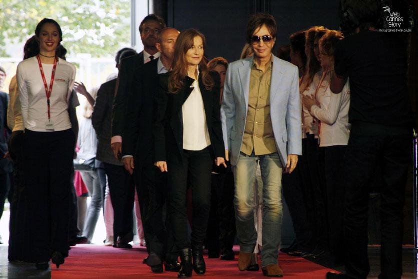 Arrivée d'Isabelle Huppert et Michael Cimino - Festival Lumière 2012 - Lyon © Anik Couble
