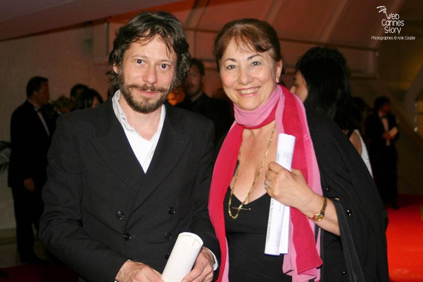 Mathieu Amalric, Prix de la mise en scène et Nicole,  lors de la soirée de Clôture - Festival de Cannes 2010 - Photo © Anik Couble