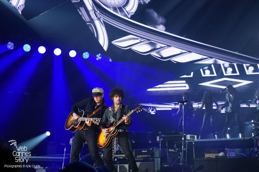 Yarol Poupaud, musicien de Johnny Hallyday - Rester Vivant Tour - Halle Tony Garnier - Lyon - 7 et 10 novembre 2015 - Photo © Anik Couble