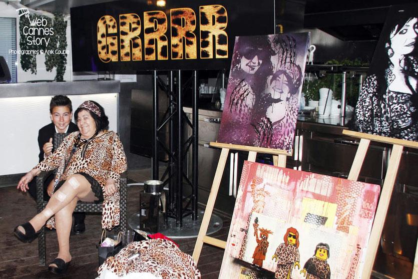 Alan Badaoui-Couble et la tendre et attachante Pascaline Benito, une des célèbres femmes panthères, lors de la soirée du Film « Welcome to New York » d'Abel Ferrara - Festival de Cannes 2014 - Photo © Anik COUBLE