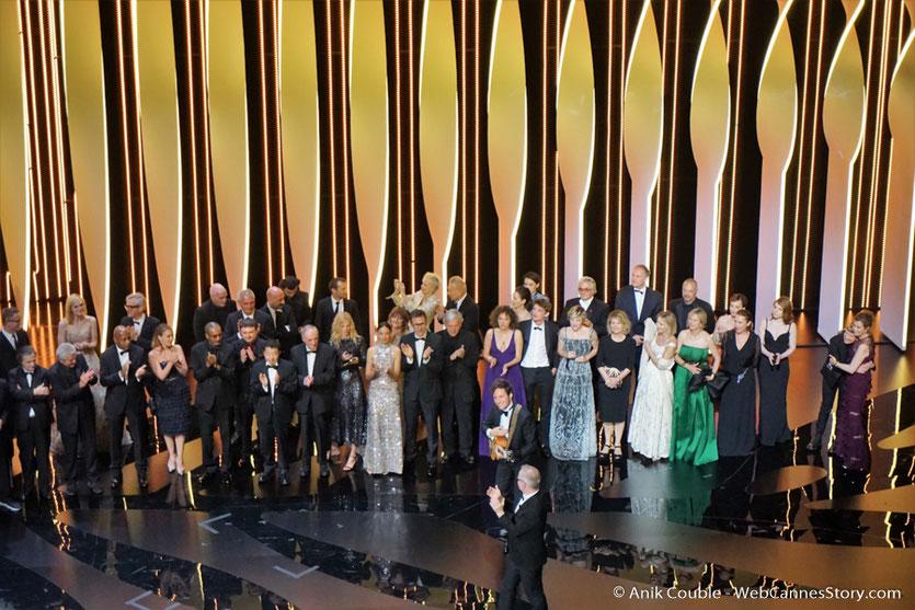 Viannay,  parmi les 113 invités, sur la scène du Palais des festivals, pour célébrer les 70 ans du Festival de Cannes - Festival de Cannes 2017 - Photo © Anik Couble