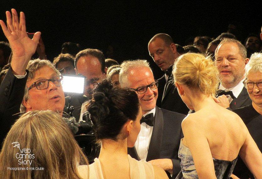 "Todd Haynes, Rooney Mara de dos, Cate Blanchett, en conversation avec Thierry Fremaux et Harvey Weinstein, lors de la projection de ""Carol"" de Todd Haynes -  Festival de Cannes 2015 -  Photo © Raymond Haïk"