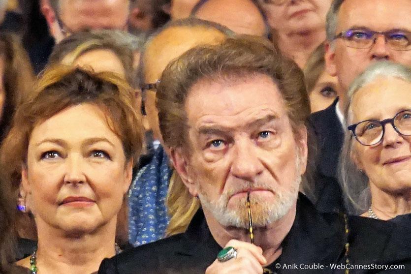Catherine Frot et Eddy Mitchell, au milieu des invités de la Halle Tony, lors de la cérémonie d'ouverture du Festival Lumière 2017 - Lyon - Photo © Anik Couble