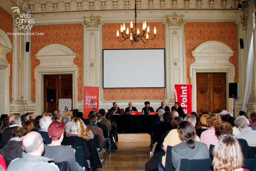 Conférence « 20 ans du Poulpe » présenté par Hervé Delouche, en présence de Patrick Raynal, Jean-Bernard Pouy et Jérome Leroy, lauréat du Prix des lecteurs - Quais du Polar 2015 - Lyon - Photo © Anik COUBLE