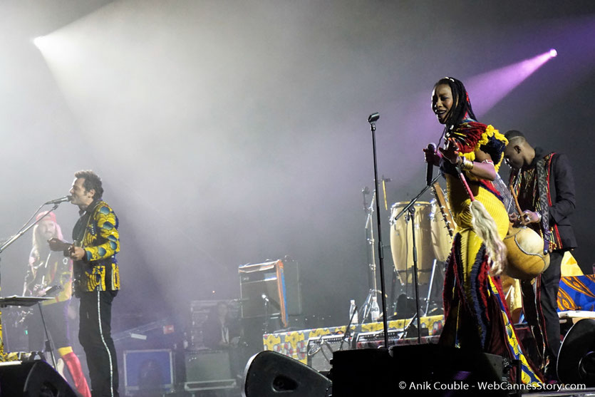"""Matthieu Chedid - M et Fatoumata Diawara, lors de son concert """"ÎL est une âme, le baptême de Lamomali - Festival de Cannes 2017 - Photo © Anik Couble"""