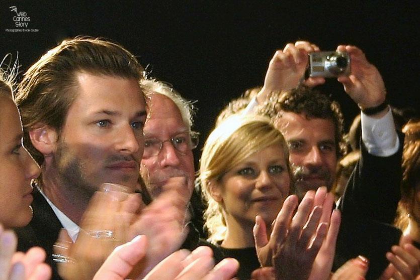 """Gaspard Ulliel, Marina Foïs et Eric Lartigau, dans le public, lors de la projection de """" Fair Game """" de Doug Liman - Festival de Cannes 2010 - Photo © Anik Couble"""