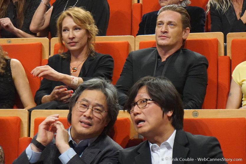 Park Chan-wook, Emmanuelle Bercot et Benoit Magimel - Cérémonie de remise du Prix Lumière - Amphitheâtre 3000 - Lyon - Oct 2016  - Photo © Anik Couble