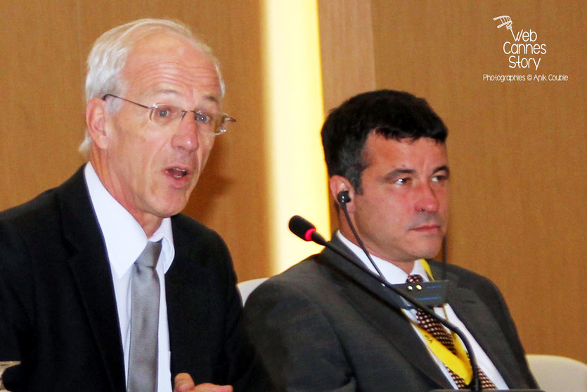 Bernard Soulage, Vice-Président chargé de l'Europe et des relations internationales de la région Rhône-Alpes et Mark Kenber, PDG de The Climate Group - Lyon - 2011  © Anik COUBLE