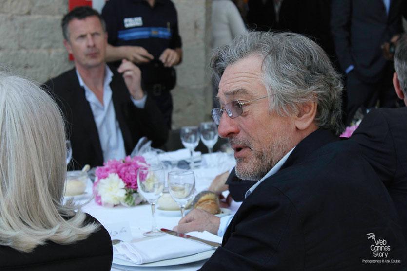 Robert De Niro, Président du Jury, au traditionnel déjeuner de presse, offert par le Maire de Cannes - Festival de Cannes 2011 - Photo © Anik Couble