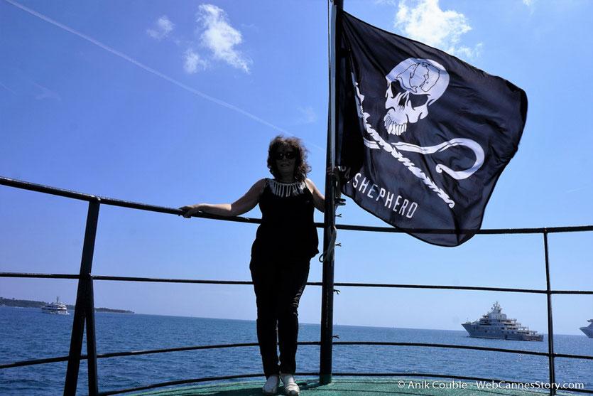 """A bord du """"Sam Simon"""" l'un des bateaux de la fondation Sea Shepherd - Festival de Cannes 2016 - Photo © Anik Couble"""