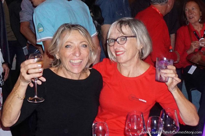 2 sympathiques bénévoles, Constance et Annie - Festival Lumière - Lyon - Octobre 2016 - Photo © Anik Couble