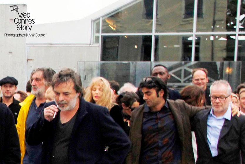Remake de la sortie des usines Lumière avec Fatih Akin et Thierry Fremaux à droite - Festival Lumière - Lyon - Octobre 2013 - Photo © Anik COUBLE