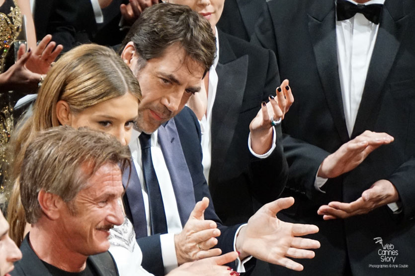 """Javier Bardem, Adèle Exarchopoulos et Sean Penn, lors de la projection de son film """"The last face""""  - Festival de Cannes 2016 - Photo © Anik"""