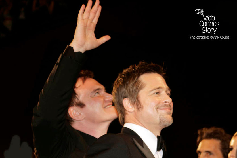 "Quentin Tarantino et Brad Pitt, lors de la projection du film ""Inglorious Basterds"" - Festival de Cannes - 2009 - Photo © Anik COUBLE"