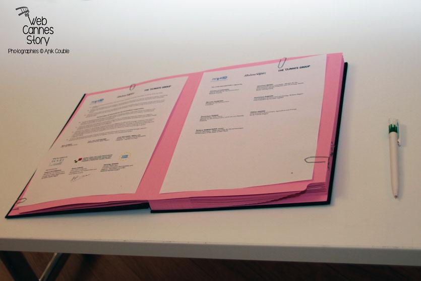 """""""La déclaration de Lyon"""" signée à l'issue de la conférence européenne des Régions pour le climat - Lyon - 0ctobre 2011 © Anik COUBLE - Lyon - 0ctobre 2011 © Anik COUBLE"""