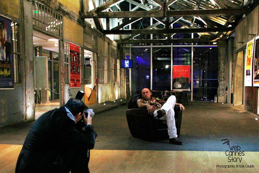 James Ellroy, devant l'objectif de Jean-Luc Mège - Quais du Polar 2014 - Institut Lumière - Lyon - Photo © Anik COUBLE