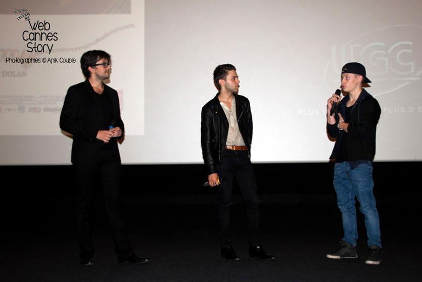 """Fabien Brizard, Xavier Dolan et Antoine-Olivier Pilon, lors de l'avant-première du film """"Mommy"""", de Xavier Dolan - UGC Lyon Confluence - 1er Octobre 2014 - Photo © Anik COUBLE"""