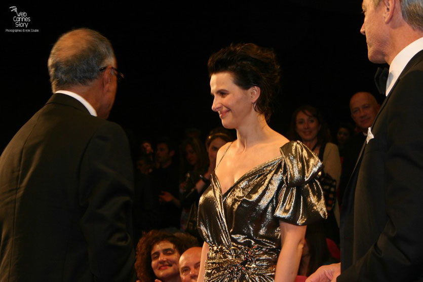 "Juliette Binoche, lors de la projection du film ""Copie conforme"" de Abbas Kiarostami - Festival de Cannes 2010 - Photo © Anik Couble"