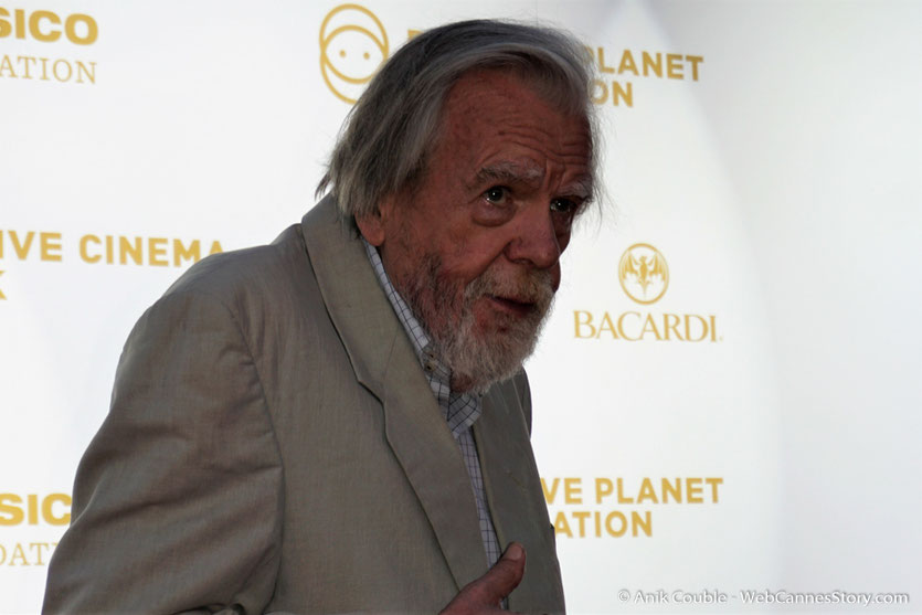 Michael Lonsdale, lors du dîner de gala de la Fondation Positive Planet et de la remise des prix de la Positive Cinema Week 2017 - Festival de Cannes 2017 - Photo © Anik Couble