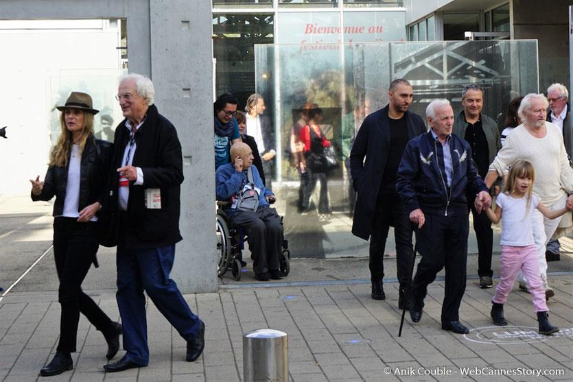 Charles Aznavour, lors du tournage de Sortie des Usines Lumière - Festival Lumière 2017 -  Lyon - Photo © Anik Couble