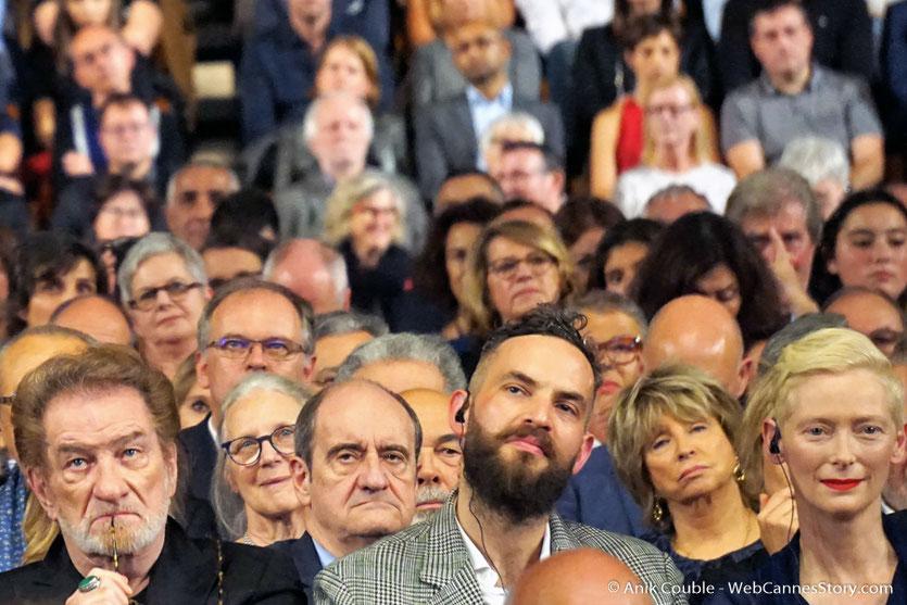Eddy Mitchell, Sandro Kopp et Tilda Swinton, parmi les invités de la Halle Tony, lors de la cérémonie d'ouverture du Festival Lumière 2017 - Lyon - Photo © Anik Couble