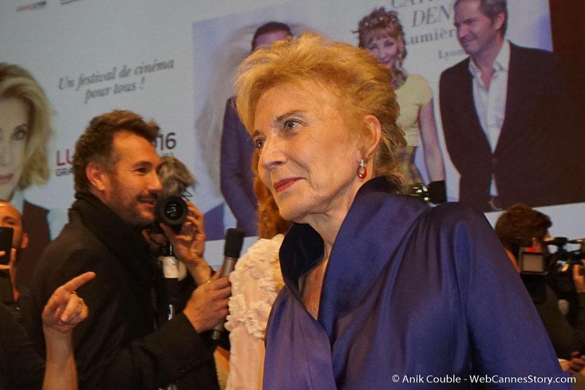 Arrivée de Marisa Paredes à la cérémonie de remise du Prix Lumière - Amphitheâtre 3000 - Lyon - Oct 2016  - Photo © Anik Couble