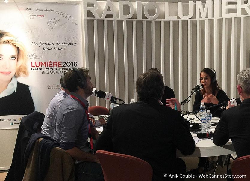 """Abd Al Malik, Alice Belaïdi et Mary-Noëlle Dana,  à  """"La Grande Emission""""de Radio Lumière - Festival Lumière 2016 - Lyon - Photo © Anik Couble"""