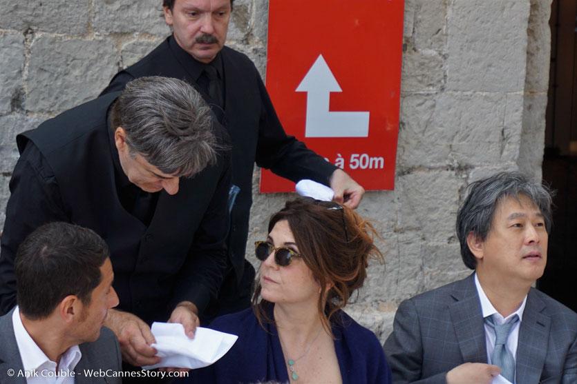 David Lisnard, Maire de Cannes, Agnès Jaoui,Park et Chan-wook, membres du Jury, lors de l'aïoli, le traditionnel déjeuner de presse, offert par le Maire de Cannes - Festival de Cannes 2017 - Photo © Anik Couble