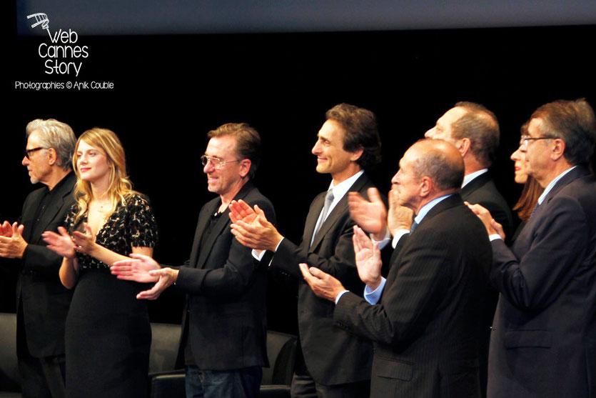 Harvey Keitel, Mélanie Laurent, Tim Roth et Lawrence Bender, Harvey Weinstein, Aurélie Filippetti, Gérard Collomb et Jean-Jack Queyranne - Remise du Prix Lumière à Quentin Tarantino - Festival Lumière
