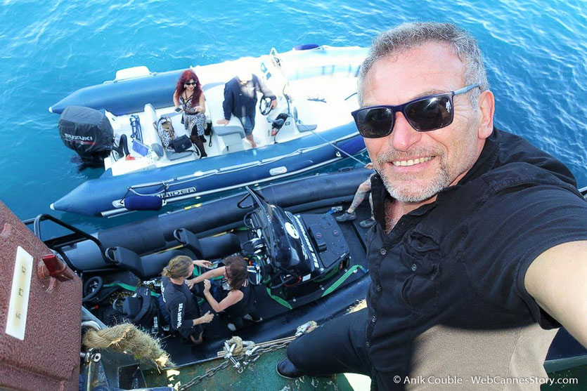 """Départ  du """"Sam Simon"""",  l'un des bateaux de la fondation Sea Shepherd - Festival de Cannes 2016 - Photo © Anik Couble"""