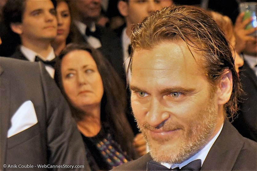"Joachim Phoenix, lors de la projection du film, ""You were never really here"", de Lyne Ramsay - Festival de Cannes 2017 - Photo © Anik Couble"