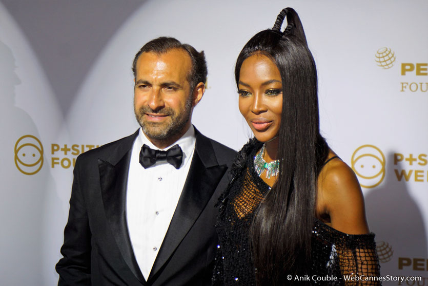 Naomi Campbell et Makram Azar, président du gala de la Fondation Positive Planet et de la Positive Cinema Week 2017 - Festival de Cannes 2017 - Photo © Anik Couble