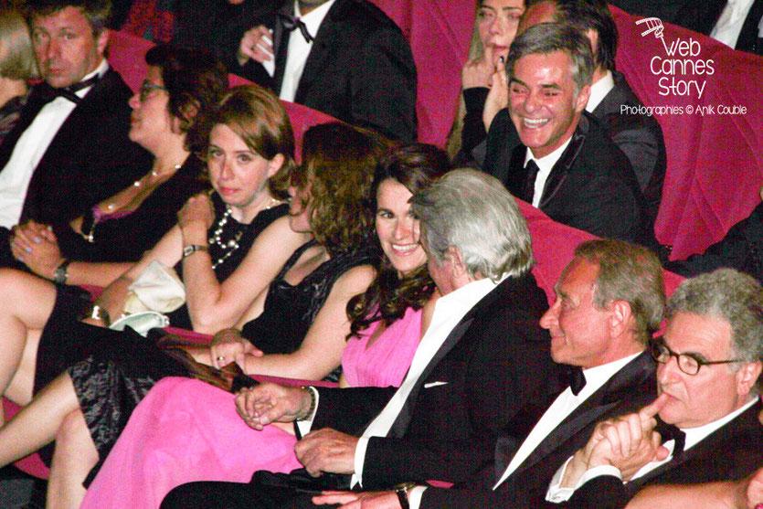 Alain Delon, entouré d'Aurélie Filippetti, Ministre de la Culture et de Bertand Delanoë, Maire de Paris - Festival de Cannes 2013 © Anik COUBLE