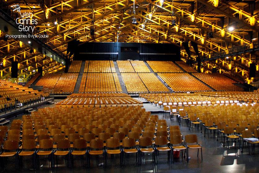 La Halle Tony Garnier, après la cérémonie d'ouverture du Festival Lumière 2014 - Lyon - Photo © Anik COUBLE